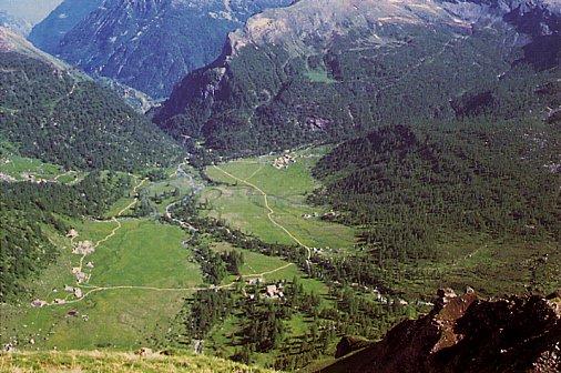 Alpe Veglia: vista della piana della conca alpina